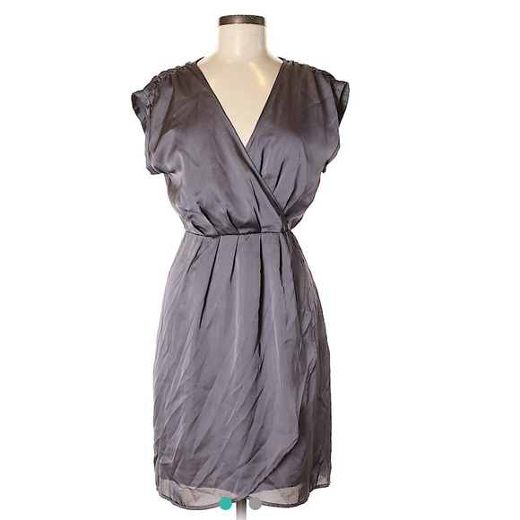 Jennifer Lopez Dresses & Skirts - Jennifer Lopez Silky Purple Gray Dress Size S